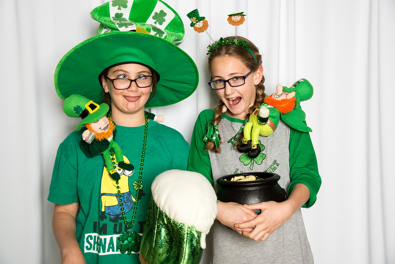photo booth by Click Happy Productions-160.jpg