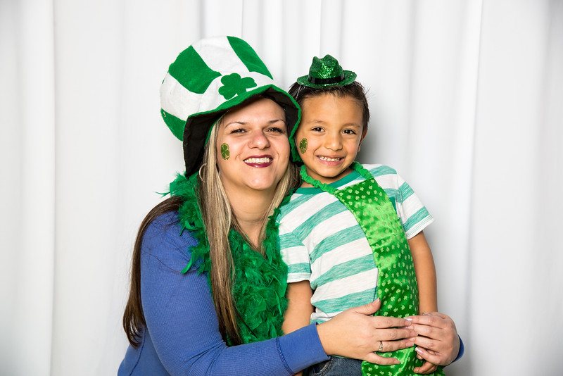 photo booth by Click Happy Productions-168.jpg