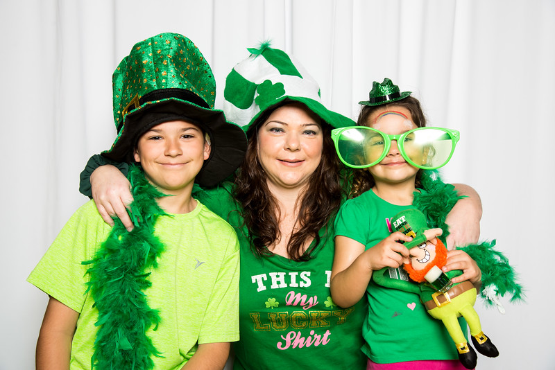 photo booth by Click Happy Productions-165.jpg