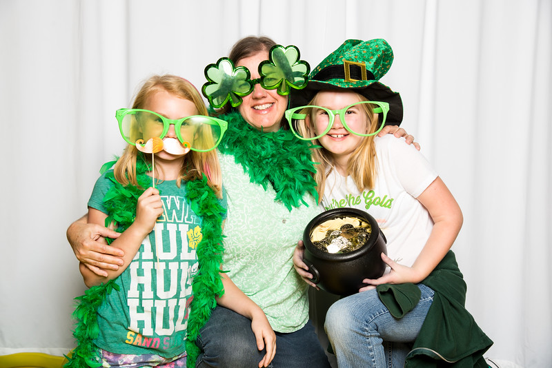 photo booth by Click Happy Productions-171.jpg