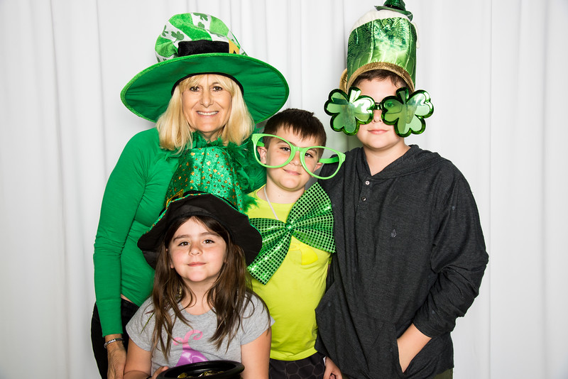 photo booth by Click Happy Productions-75.jpg