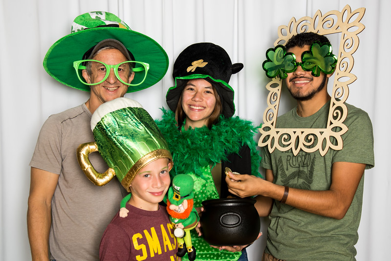 photo booth by Click Happy Productions-151.jpg