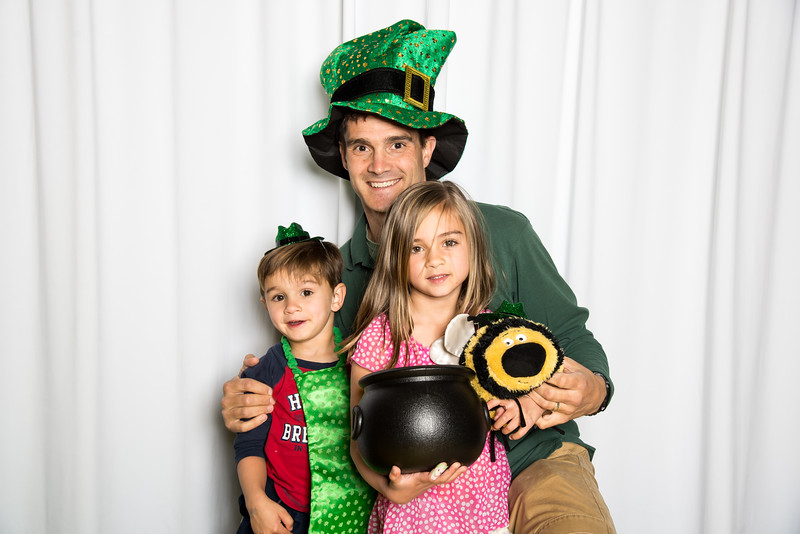 photo booth by Click Happy Productions-153.jpg