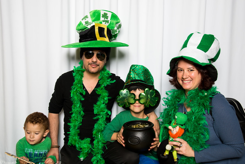 photo booth by Click Happy Productions-67.jpg