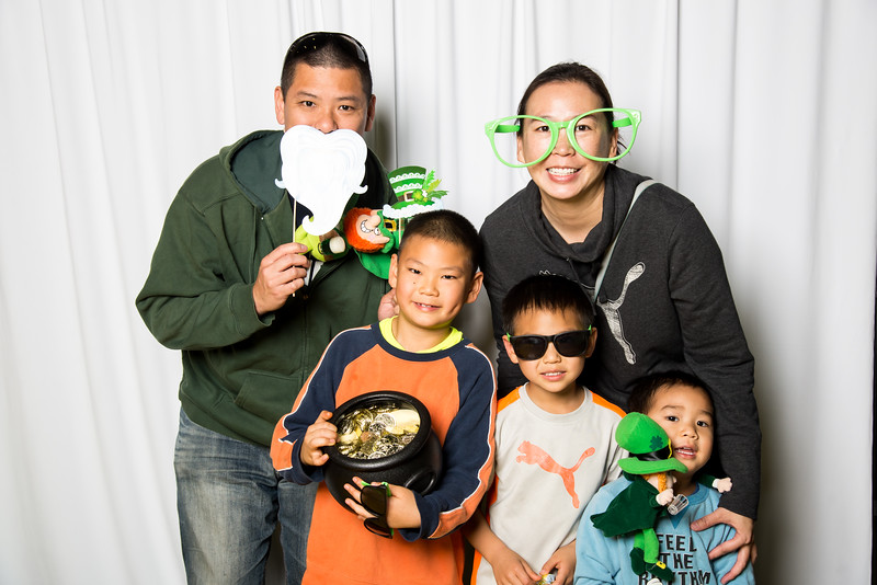 photo booth by Click Happy Productions-46.jpg
