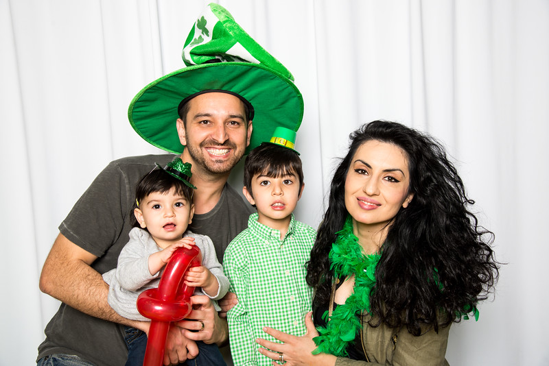 photo booth by Click Happy Productions-114.jpg