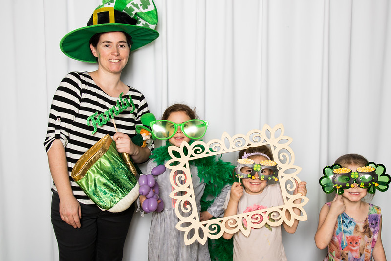 photo booth by Click Happy Productions-150.jpg