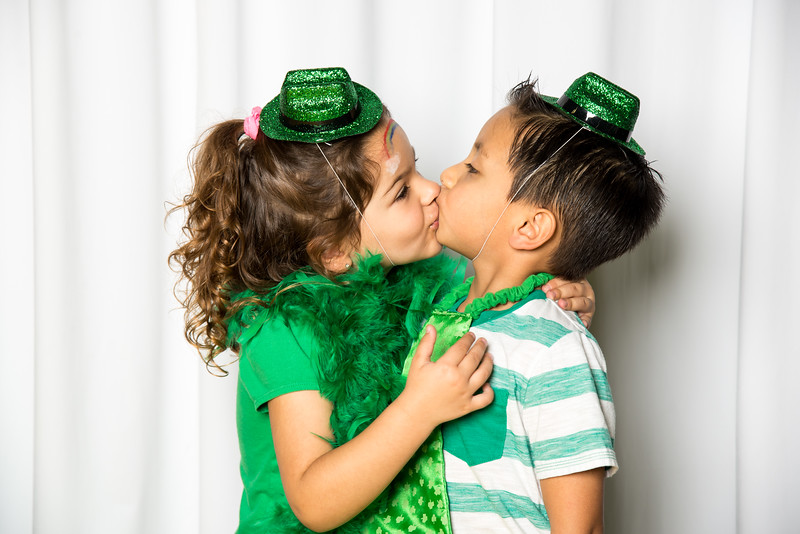photo booth by Click Happy Productions-167.jpg