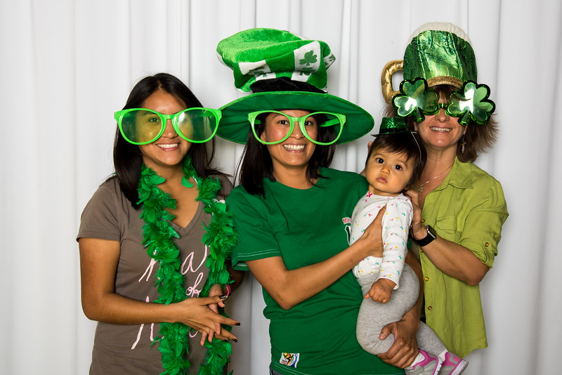 photo booth by Click Happy Productions-147.jpg