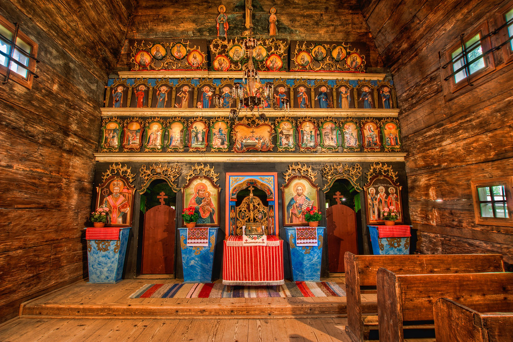 AltarI took this photo of this beautiful wooden altar in the Open-air museum in Bardejovske kupele. HDR from three shots, taken with Canon 450D with Sigma 10-20mm lens from a tripod.
