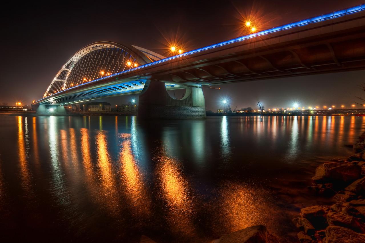 Apollo Bridge Lights