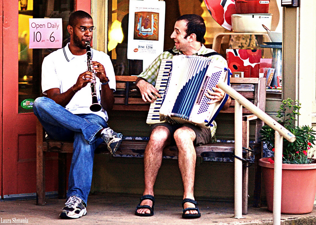 "6-24-09-- wednesday<br /> music at dusk<br /> <br /> <br /> ""music is what life sounds like.""<br /> <br /> -- eric olson"