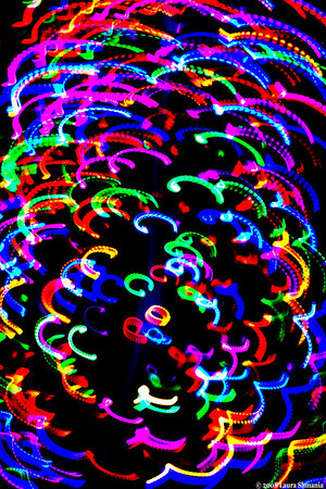 "12-22-08-- monday<br /> holiday lights in motion.<br /> <br /> ""every day holds the possibility of a miracle.""<br /> <br /> -- elizabeth david"