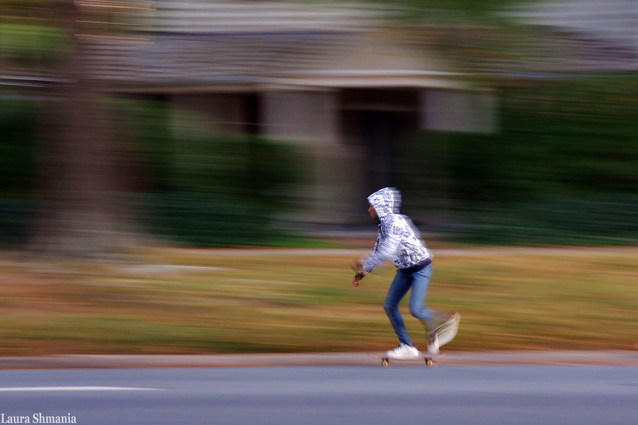 11-6-09-- friday<br /> panning a skateboarder on franklin street