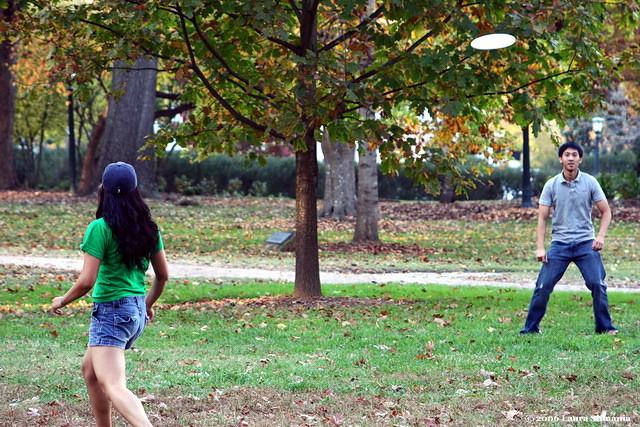 "11-10-06-- Friday<br /> with temperatures in the upper 70's frisbee was the game of the day on campus!<br /> <br /> ""life is short and we have not too much time <br /> for gladdening the hearts of those who are traveling the dark way with us. oh, be swift <br /> to love! make haste to be kind.""<br /> <br /> -- henri-frederic amiel, 1885"