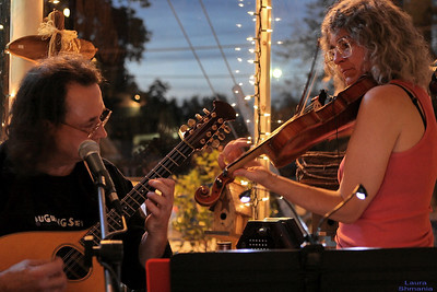 """Prattie Heads"" duo at Pittsboro General Store"