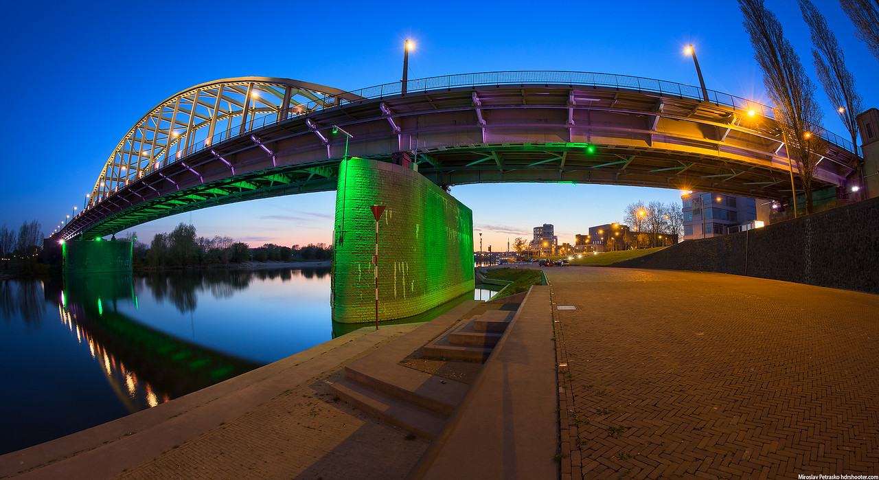 Evening walk under the John Frost bridge