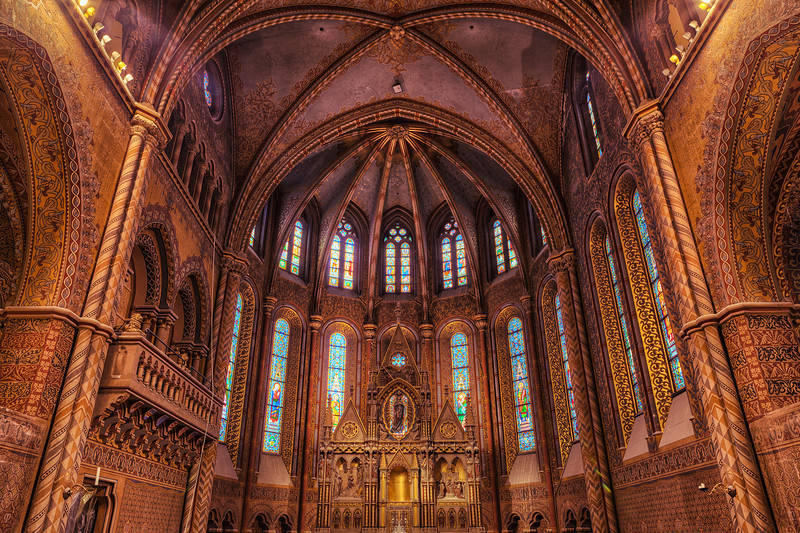 Inside the Matthias Church Very nice and detailed church this is. Too bad it's currently under reconstruction, so what you see here is almost everything what is not covered up.
