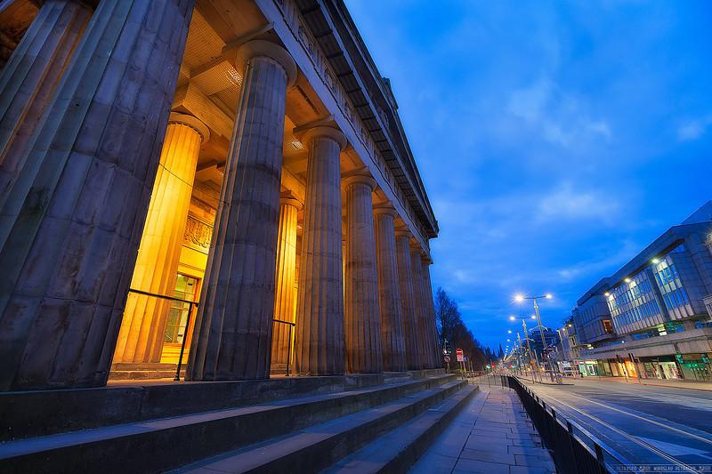 Early morning in Edinburgh