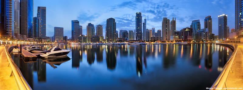 Early morning in the Dubai Marina