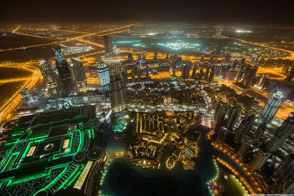 Before sunrise, Burj Khalifa, Dubai, UAE