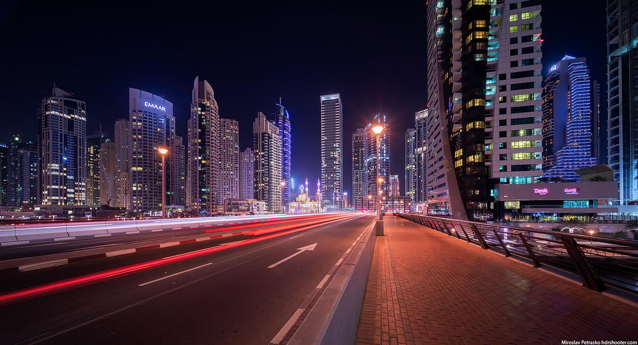 Bridge crossing in the Dubai Marina