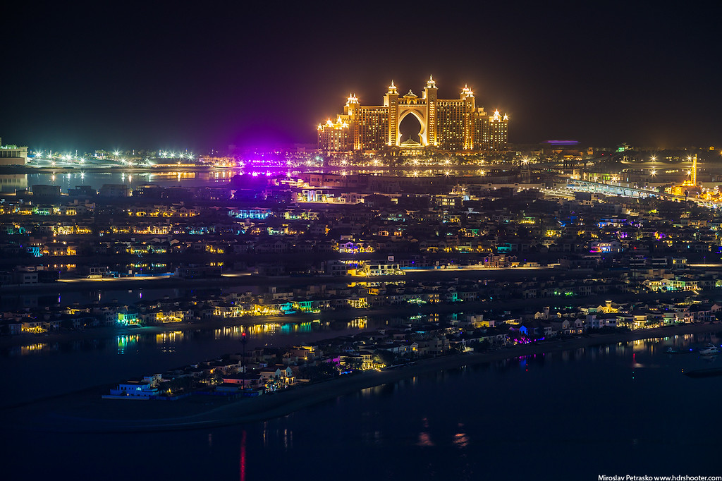 Glow of the Atlantis in Dubai, Dubai, UAE