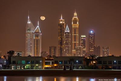 Moonrise over Dubai