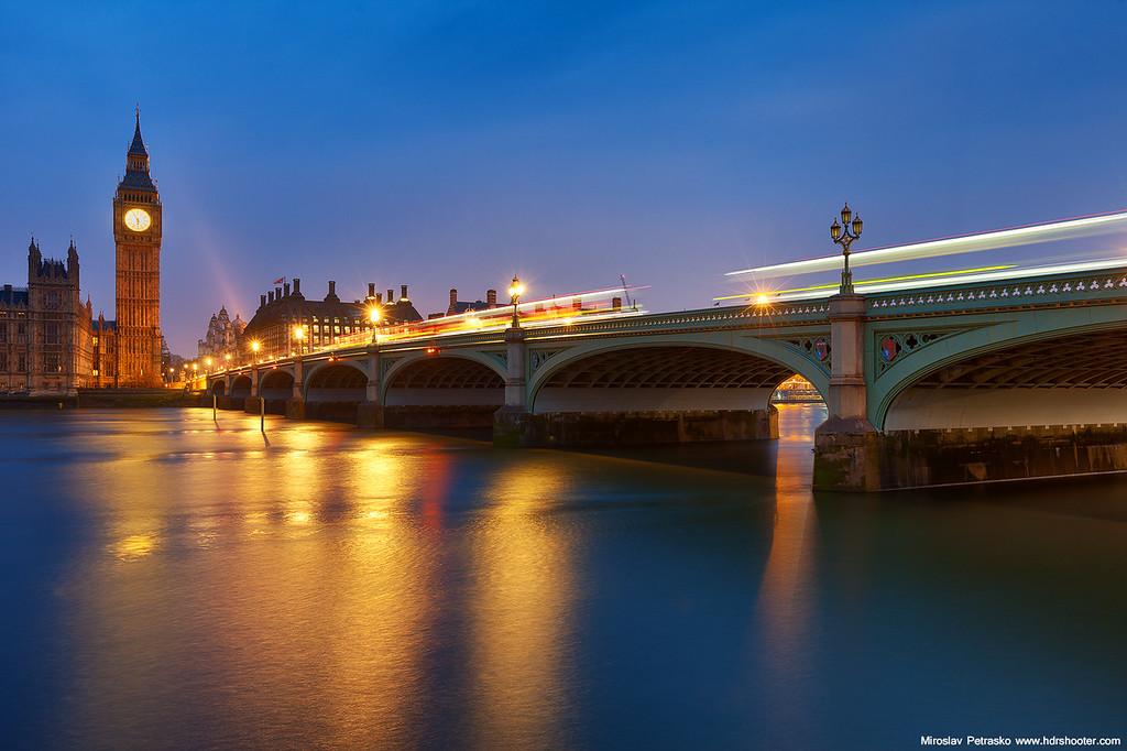Morning glow in London