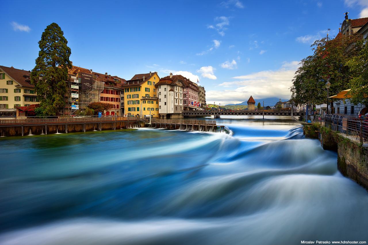 Waves in Lucerne