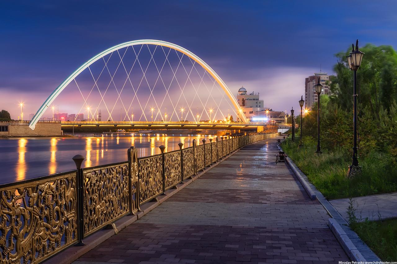Empty path in the morning, Astana, Kazakhstan