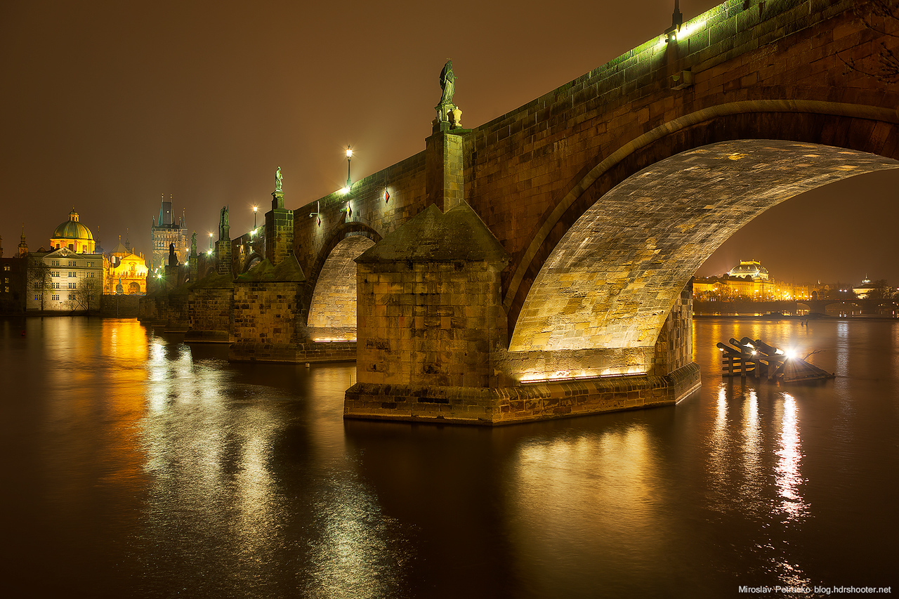 Foggy night by the Charles bridge