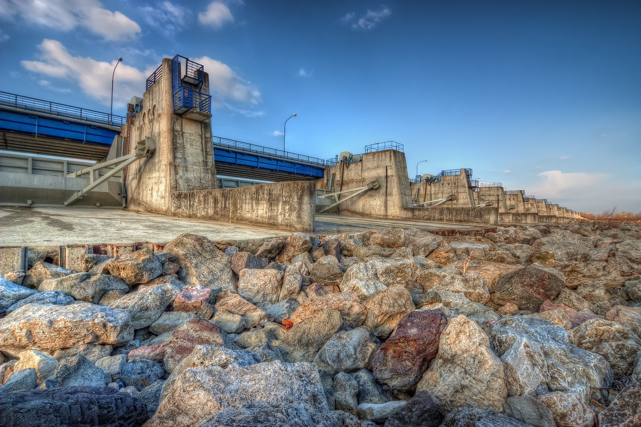 Cunovo Dam  I really love how much you can fit in one photo with a wide-angle lens :). I usually carry a 18-200mm lens with me but it usually stays in the bag the whole time, I just love the wide-angle so much :).   This photo was ten at the Cunovo Dam near Bratislava. HDR from three shots, taken with Canon 450D with Sigma 10-20mm lens, from a tripod.