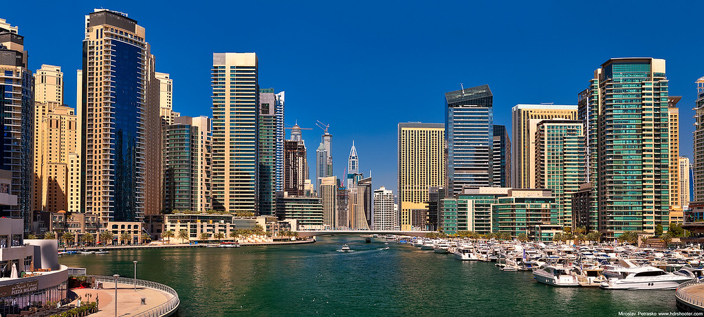 Blue sky in Dubai Marina