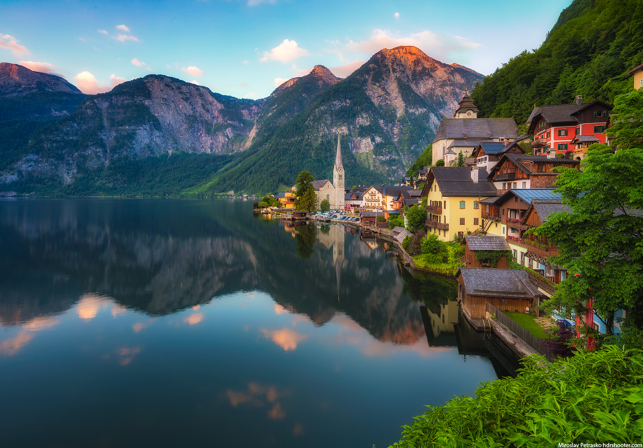 Calm morning in Hallstatt, Austria