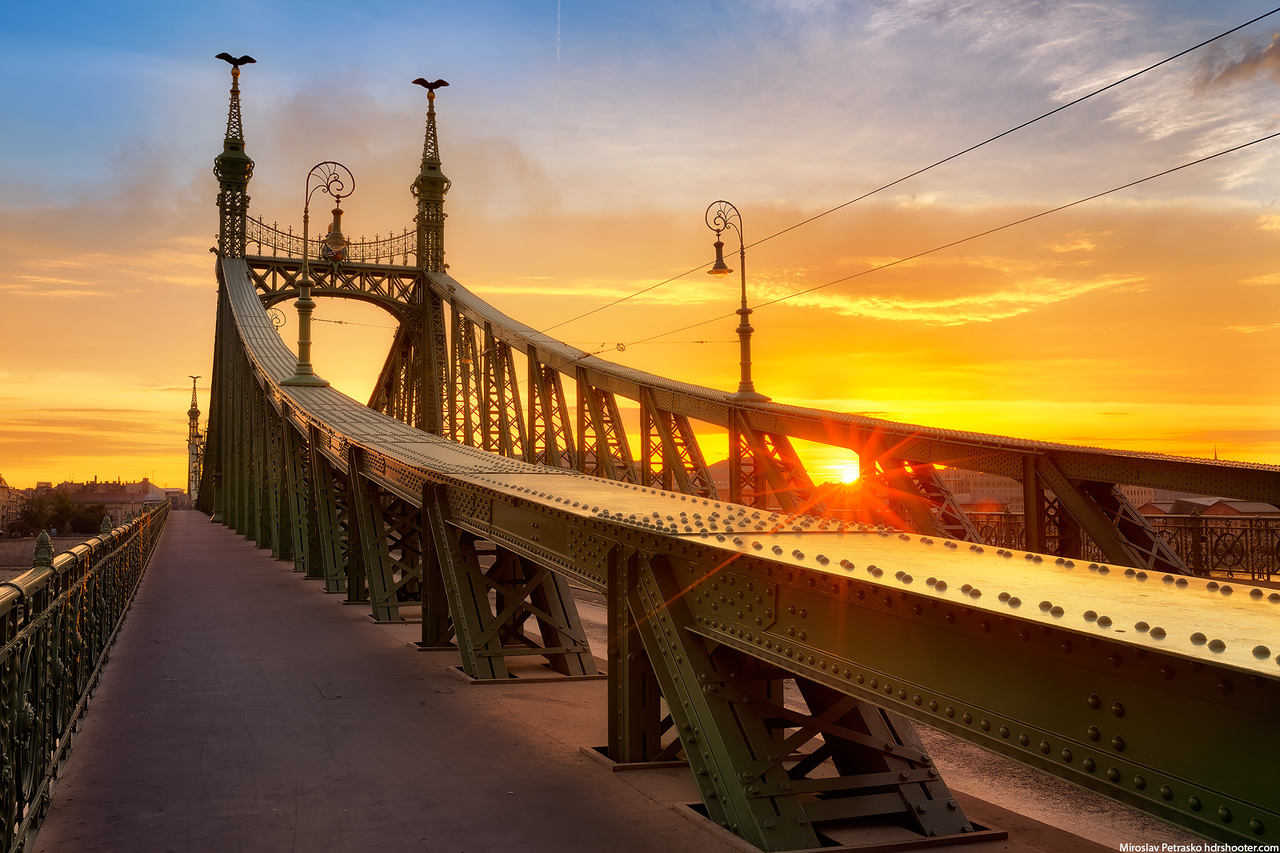 Morning sun at the Liberty bridge, Budapest, Hungary
