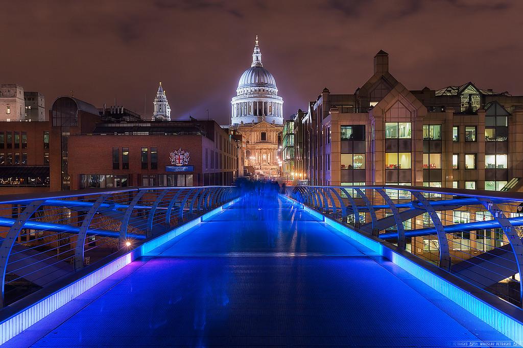 On the Millennium bridge