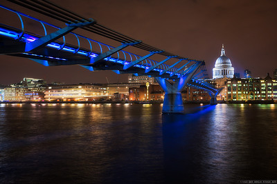 Cold evening by the Millennium bridge