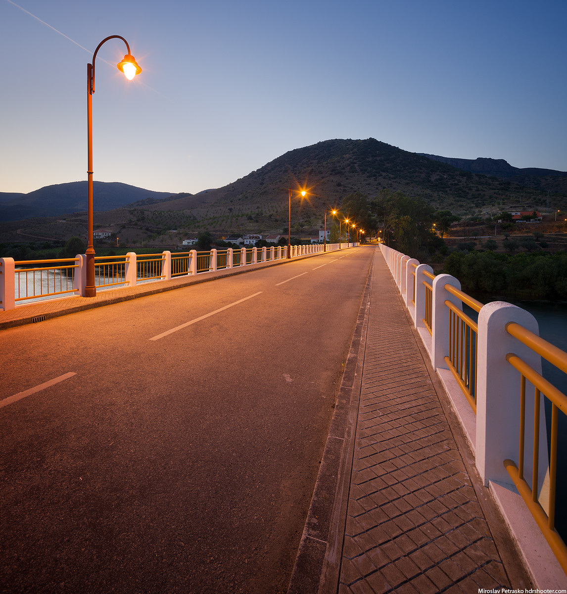 Crossing the bridge in Barca De Alva