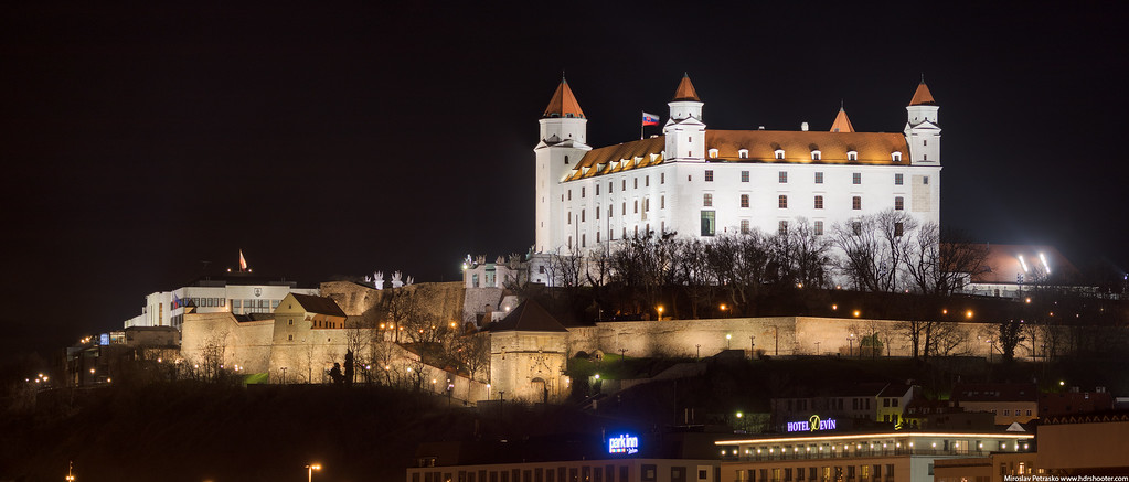 Castle zoomed in, Panorama, Bratislava, Slovakia
