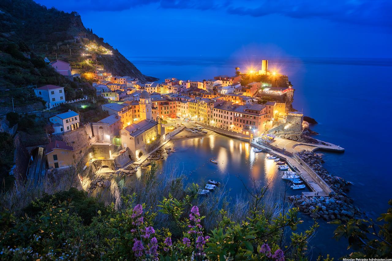 Evening overlooking Vernazza, Cinque Terre, Italy
