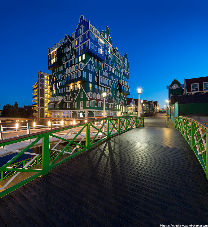 Blue hour in Zaandam