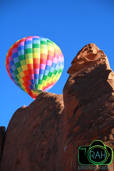Balloon over the Red Rocks