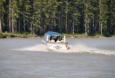 Motoring Up the Talkeetna River