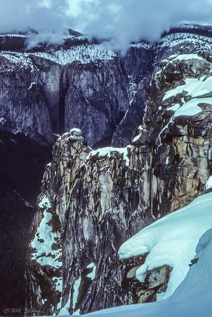 Edge of Dewey Point (looking North)
