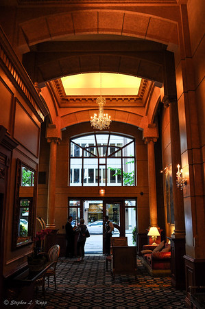 Lobby - Le Soleil Hotel & Suites