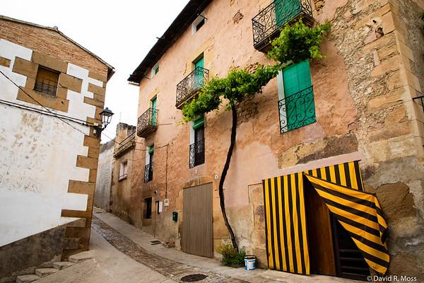 Cirauqui, between Mañeru and Lorca