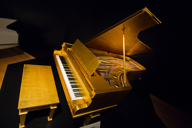 Elvis Presley's 24kt. gold-plated piano<br /> Country Music Hall of Fame and Museum<br /> Downtown Nashville, Tennessee