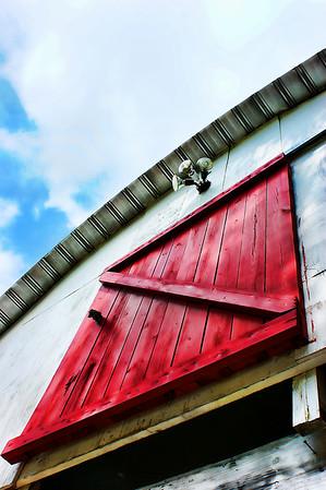 An ol' barn..