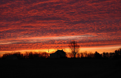 Farmhouse sunrise taken in Crestwood, Kentucky